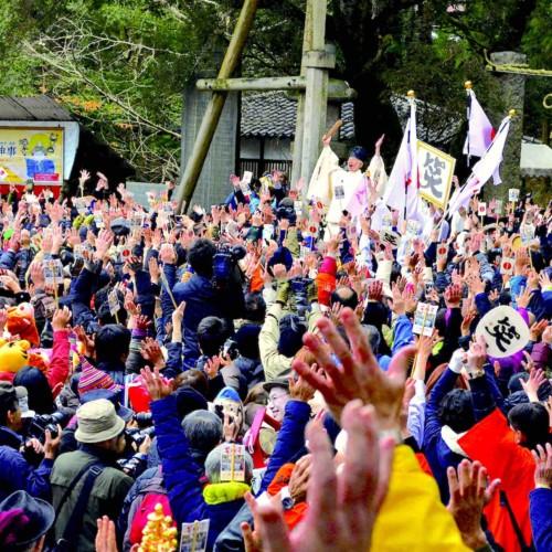 เทศกาลฮิระโอกะจินจะชิเมกะเกะชินจิ (โอวะระอิชินจิ)