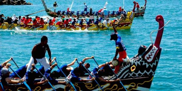 Naha dragon boat race